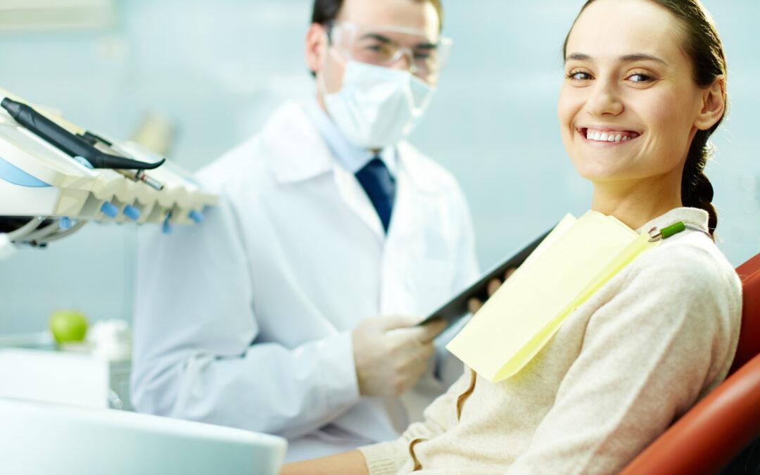 Las revisiones periódicas con el odontólogo